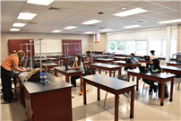 High School Science Room thumbnail176454
